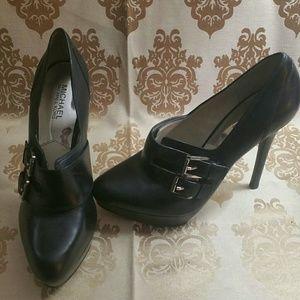 """Michael Kors buckle 6""""heels"""